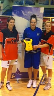 Defibrillator presented to Glanmire Basketball Club